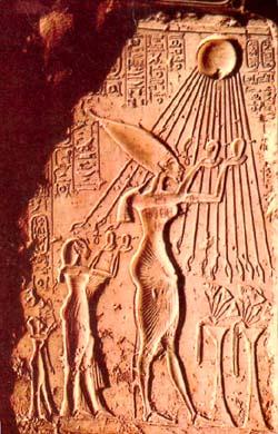akhenaton3.jpg