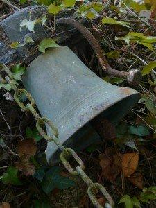 La cloche fêlée dans Developemment personnel talmont-04-2011-cloche1-225x300